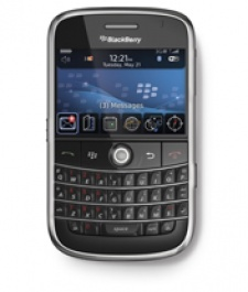 RIM: BlackBerry not 'distracted' by games and fancy apps