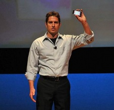 EA's Travis Boatman: select games will be better on iPad