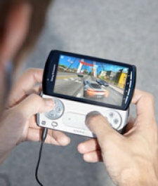 Sony Ericsson on Xperia Play 2, higher game price points and converting the casual gamer