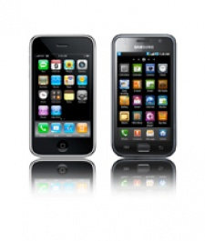 Apple sues Samsung, claims Galaxy phones and tablets ape iPhone and iPad