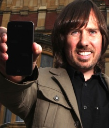 Codemaster founder Darling claims mobile revolution risks killing the console