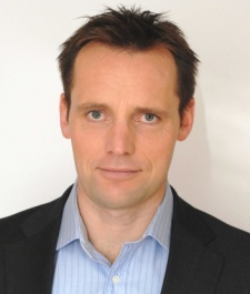 Industry veteran Robert Unsworth on why publishers need to up their game for smartphone's social scene
