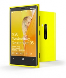 Nokia turns a corner: Lumia sales jump as smartphone business begins recovery