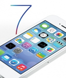 All change: Apple unveils 'flatter' iOS 7 for autumn launch