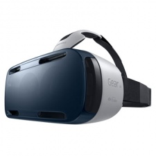Why Gear VR is a strong move for Oculus Rift but not for Samsung