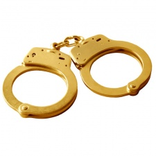 Shanda to award 8 key staff golden handcuffs worth at least $13 million