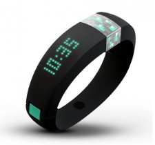 Minecraft goes wearable (sort of) with Gameband